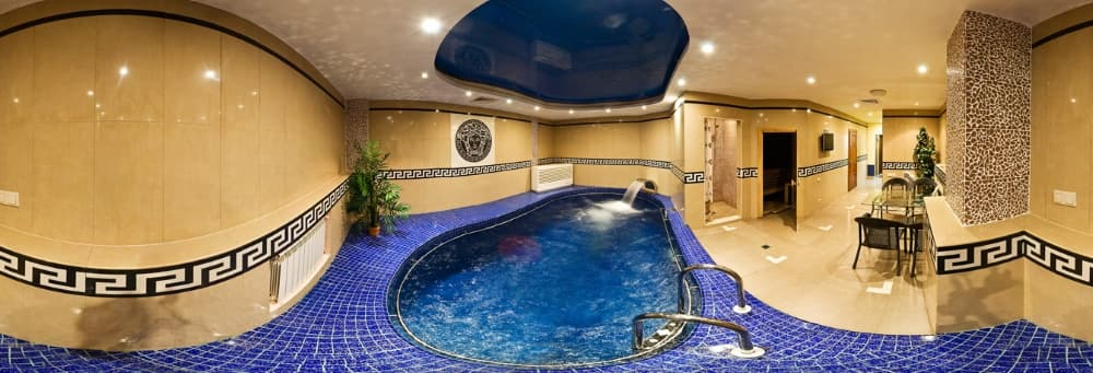 Сауна с бассейном в отеле Легенда Байкала
