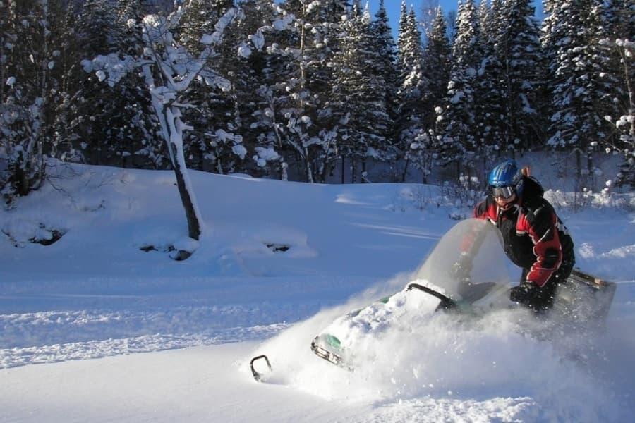 снегоходы на байкале