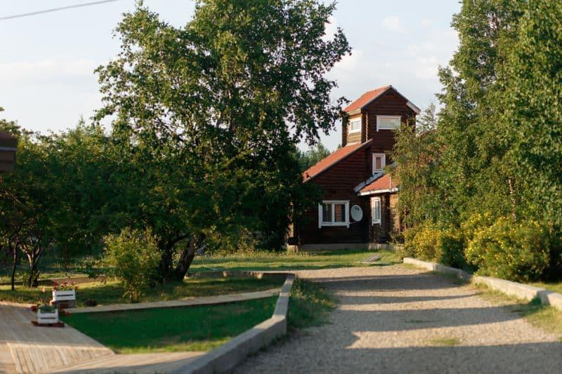 Парк-отель Байкальские сезоны на Байкальском тракте