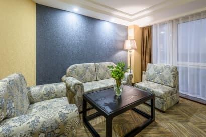 Гостиничный комплекс Байкал-Северное море, номер Люкс