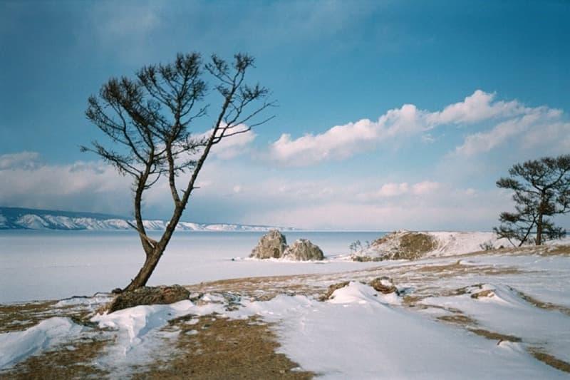 Мыс Бурхан (скала Шаманка) на острове Ольхон