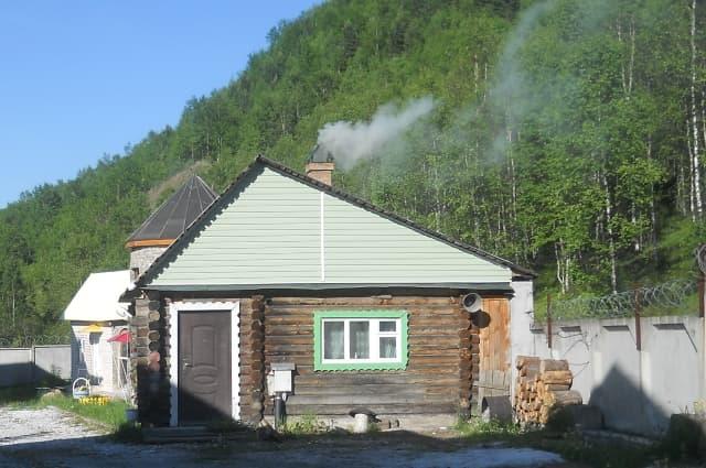 База отдыха Серебряный источник в Слюдянке, баня на дровах