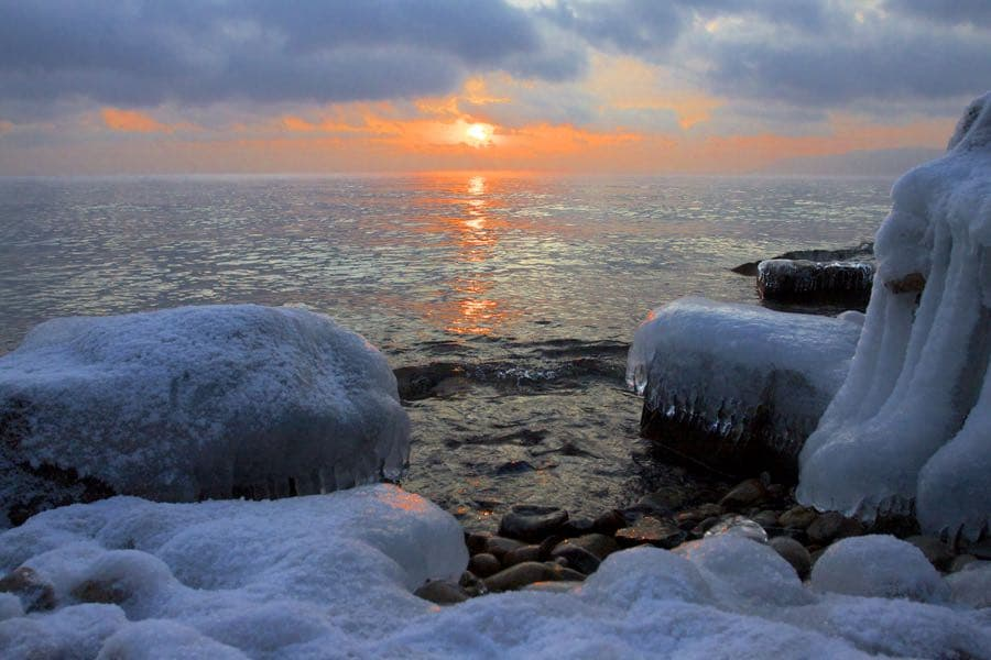 Закат на Байкале, Листвянка