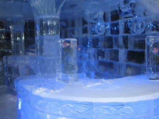 Бар в ледяной бане