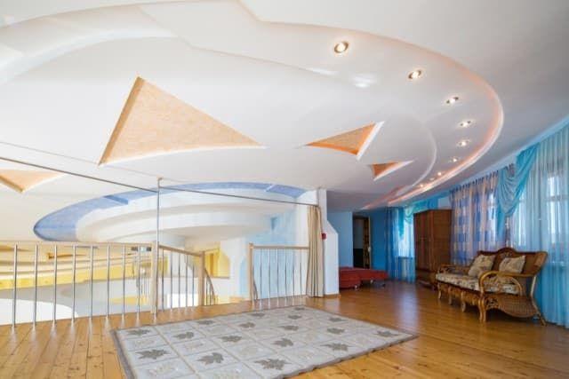 Отель Крестовая падь. VIP коттедж. Хол на 3 этаже