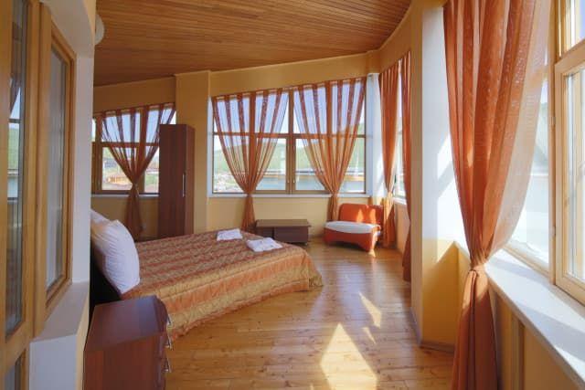 Отель Крестовая падь. VIP коттедж. Спальня на 3 этаже