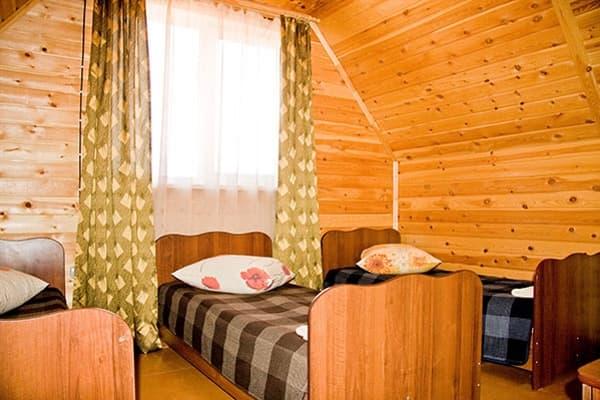 Гостиный двор Баяр на Малом море оз. Байкал, Бунгало  двухэтажный №4, второй этаж, спальня