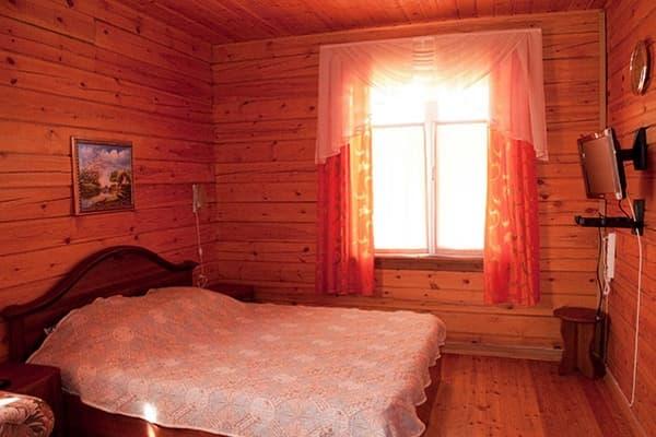 Гостиный двор Баяр на Малом море оз. Байкал, двухэтажные гостевые дома №5-9, номер