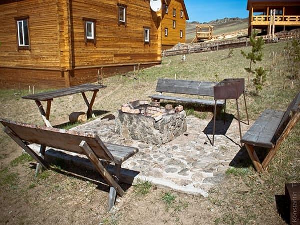 Гостиный двор Баяр на Малом море оз Байкал, гостевые дома 1,4,11, пикниковая зона
