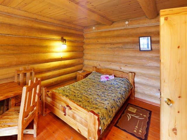 База отдыха Байкальская сказка на Малом море, оз. Байкал, 2х-метный номер с камином
