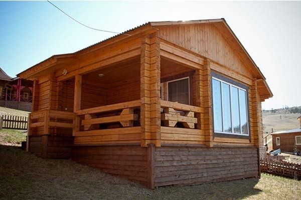 Гостиный двор Баяр на Малом море оз. Байкал, одноэтажные гостевые дома