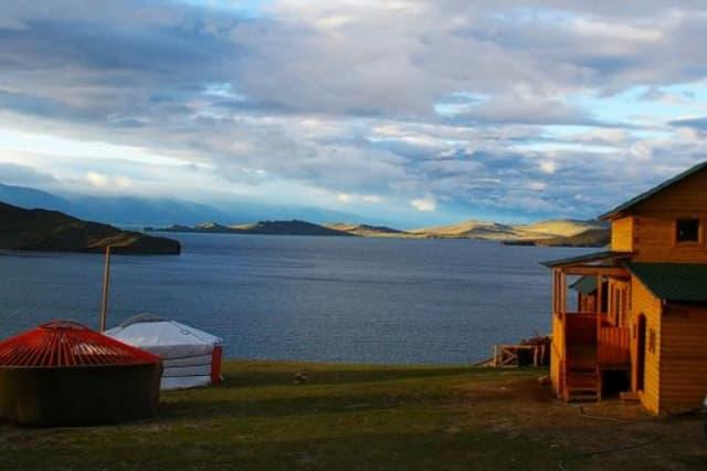 Усадьба Ковчег Байкала на Малом море, неблагоустроенный коттедж