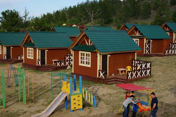 База отдыха Чара на Байкале (Малое море),  отдельные домики на берегу Байкала