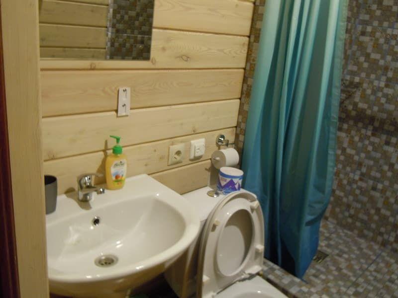 Гостевой дом Ольхон-Байкал на острове Ольхон, эконом 2х-местный, УДОБСТВА НА ЭТАЖЕ