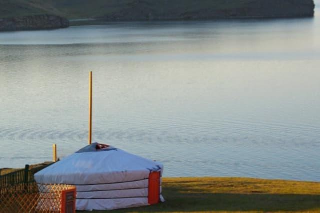 Усадьба Ковчег Байкала на Малом море,  монгольская юрта
