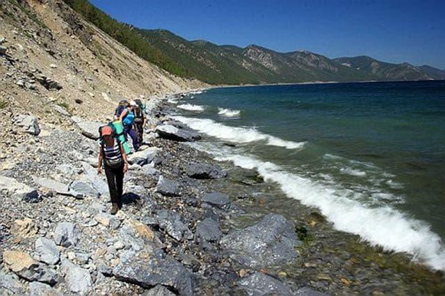 Трекинг вдоль берега Байкала