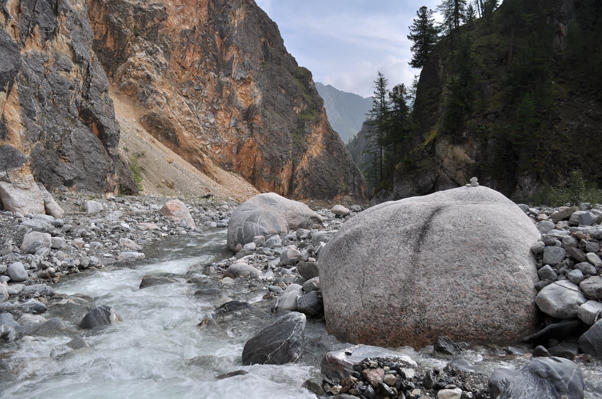 Горная река Белый Иркут