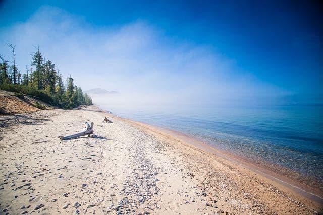 Пляжи Северного Байкала