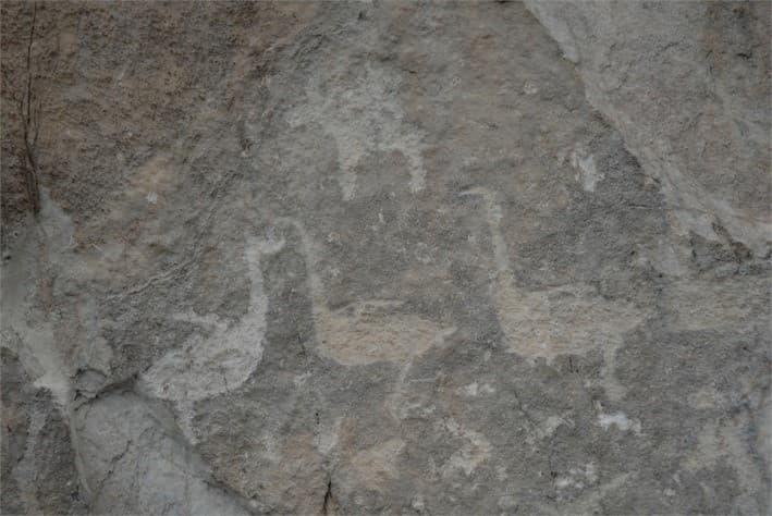 Древние петроглифы на Байкале