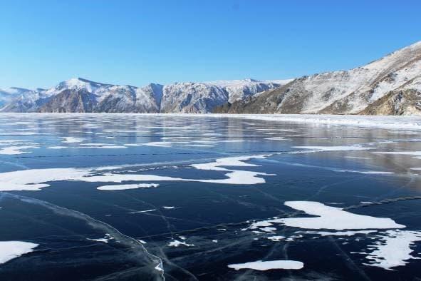 Ледостав на Байкале