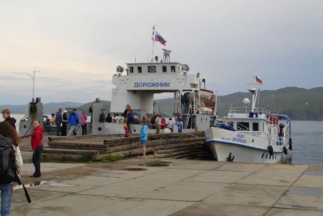 Паром на остров Ольхон
